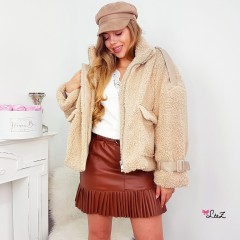 Manteau teddy court & détail simili cuir nude