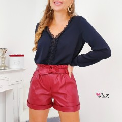 Short simili cuir bordeaux