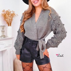 Gilet pull cache-coeur manches pompons kaki