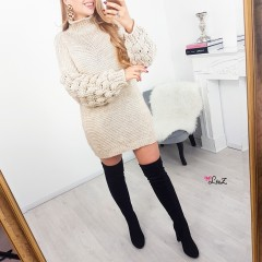 Robe pull manches oversize nude