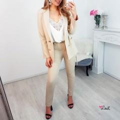 Pantalon tailleur girl boss nude