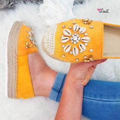 Espadrilles perles & diamants moutarde