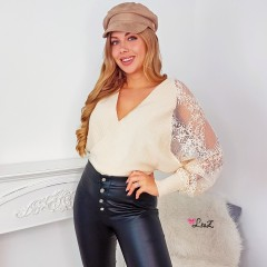 Pull cache-coeur manches dentelle nude